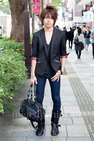 ファッションコーディネート原宿・表参道 2010年10月 高木俊輔さん