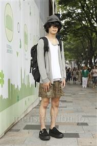 ファッションコーディネート原宿・表参道 2011年08月 やからさん
