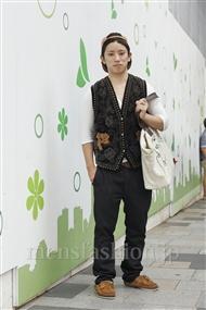 ファッションコーディネート原宿・表参道 2011年09月 赤ビーさん