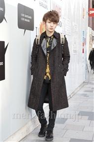 ファッションコーディネート原宿・表参道 2012年02月 小島慶大さん