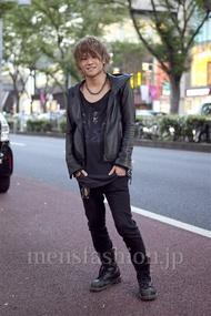ファッションコーディネート原宿・表参道 2012年10月 TOMOYAさん