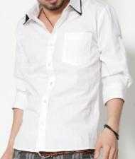 【顔はふつうなのに、モテるあいつも着ている】・・・7分袖切り替えモノトーン2枚襟シャツ