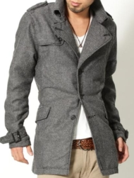 【1万円のコートとは思えない表情】へリンボントレンチコート