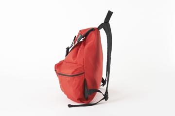 メロ ミディアム3ポケットバックパック レッド サイド