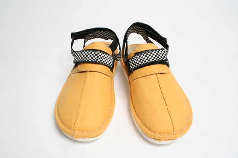 DOARAT&REEF(SHOES/YELLOW)